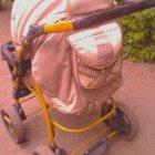 купить Продаю детскую коляску зима-лето, люлька-переноска, москитная  кривой рог объявление